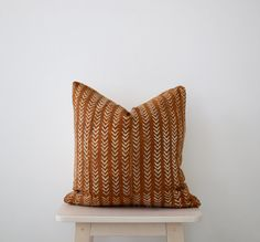 African Mudcloth pillow 'Oso in rust' by Maewoven on Etsy