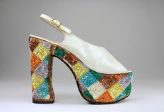 Casuccio e Scalera per Loris Azzaro (Italian), Sandal, 1974-79, leather, synthetic material, cotton, The Bata Shoe Museum,