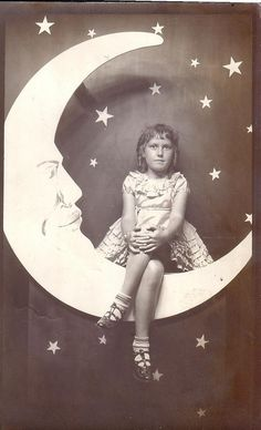 Gorgeous Paper Moon photograph from the personal collection of thevintagetraveler.wordpress.com by nicole