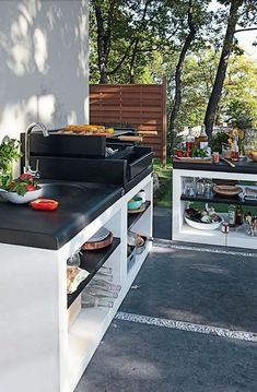 56 Awesome Outdoor Kitchen Designs : 56 Awesome Outdoor Kitchen Designs With White Black Kitchen Sink Oven Stove Appliances And Stone Floor Basic Kitchen, Summer Kitchen, Kitchen On A Budget, Kitchen Ideas, Kitchen Bars, Kitchen Colors, Kitchen Layout, Outdoor Kitchen Countertops, Outdoor Kitchen Design