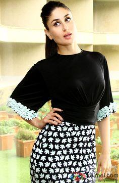 Black n white Bollywood Celebrity News, Bollywood Actors, Bollywood Celebrities, Celebrity Dresses, Bollywood Fashion, Celebrity Style, Bollywood Updates, Randhir Kapoor, Kareena Kapoor Khan