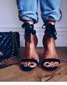 183 Best پا كردنى shoes images in 2019   Shoe boots, Me too