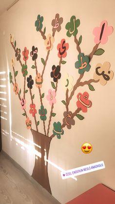 Alphabet Activities Kindergarten, Kindergarten Learning, Montessori Activities, Preschool Worksheets, Preschool Activities, School Board Decoration, School Decorations, Classroom Wall Decor, Alphabet For Toddlers
