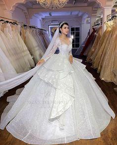 2nd Wedding Dresses, Crossdressers, Wedding Planning, Gowns, Fashion, Bridal Gowns, Clothing, Fiestas, Boyfriends