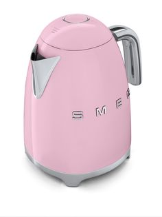 Pretty in pink. Smeg's new 50's style kettle in pale pink.