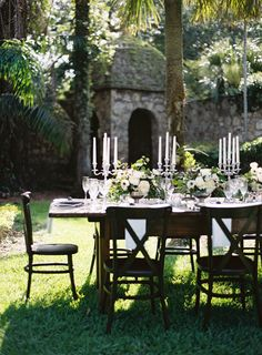 An elegant outdoor spot on the estate for al fresco dining. Outdoor Rooms, Outdoor Dining, Outdoor Gardens, Outdoor Furniture Sets, Outdoor Decor, Outdoor Lighting, Dining Table, Al Fresco Dining, Deco Table