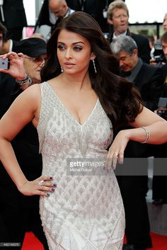 Aishwarya Rai attends the Premiere of 'The Search' at the Annual Cannes Film Festival on May 21 2014 in Cannes France Aishwarya Rai Pictures, Aishwarya Rai Photo, Actress Aishwarya Rai, Bollywood Pictures, Aishwarya Rai Bachchan, Bollywood Actors, Bollywood Celebrities, Bollywood Fashion, Beautiful Bollywood Actress