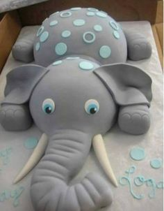 Dumbo Elephant Cake...this is such a cute idea for a Baby Shower!
