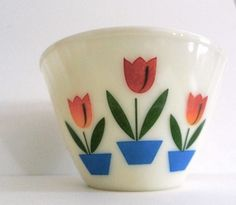 Vintage tulip mixing bowl - $35 at JadeiteJunkie