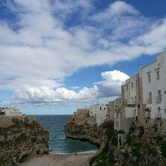 Ik neem je mee op reis naar Polignano a Mare, de geboorteplaats van Domenico Modugno maar vooral een schitterend stukje Puglia.