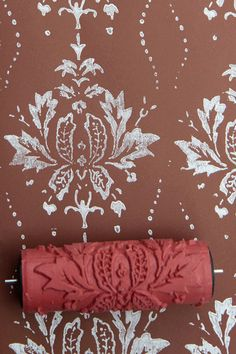 Our patterned paint rollers are a great way to spice up your home design. They can be used on a wide range of materials such as walls, furniture,