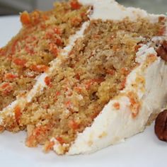 Carrot and Maple Cake, Creamy Maple Glaze Sweet Recipes, Cake Recipes, Bon Dessert, Dessert Simple, Desserts With Biscuits, Desert Recipes, Easy Desserts, Food Inspiration, Breakfast Recipes