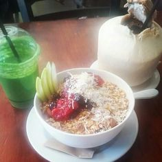 Acai bowl, green machine juice and coconut water yummm