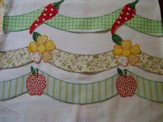 Pano de prato em tecido de sacaria ótimo para pintar ou bordar, com acabamento em aplique. <br>. Mais