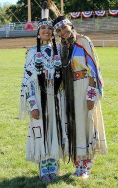 Native American Actors, Native American Clothing, Native American Regalia, Native American Pictures, Native American Beauty, Native American History, American Indians, American Symbols, American Indian Girl