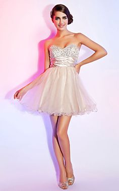 A-line Sweetheart Strapless Short/Mini Organza Sequined Cocktail Dress With Ruched Ribbon