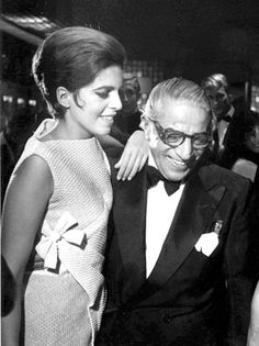 Christina Onassis and and her father Aristotle Onassis Lee Radziwill, Los Kennedy, Jacqueline Kennedy Onassis, Christina Onassis, Jet Set, Richest In The World, Photography Exhibition, People Of Interest, High Society