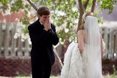 15 Grooms Left Totally Speechless By Their Gorgeous Brides