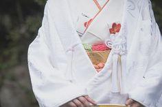 白無垢に映える、CUCURU自慢の小物たち。 . 胸元の椿の刺繍が入った懐剣と筥迫が、目を引きます。 . . 誠に勝手ではございますが、9/1(木)は【臨時休業】をさせていただきます。 . ご迷惑をおかけいたしますが、宜しくお願い致します。 . CUCURU お問い合わせ TEL:03-5766-9960 http://cucu-ru.com . #CUCURU #花嫁 #プレ花嫁 #和装 #着物 #白無垢 #引振袖 #色打掛 #結婚式準備 #結婚式 #フォト #表参道 #椿 #kimono #love #ideas #bride #hair #make #marry #ff #follow #coordinate #instagood #beautiful #colorful #japan #tokyo #photographer