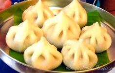 Banana Leaf Plates, Easy Indian Recipes, Ethnic Recipes, Akki Roti, Modak Recipe, Steamed Dumplings, Dry Coconut, Clarified Butter Ghee, Baked Spaghetti