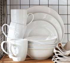 Caterer's 4 & 12-Piece Dinnerware Sets | Pottery Barn
