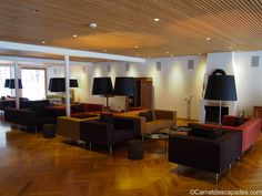 Hotel Krone in Au dans le Vorarlberg Week End Ski, Blog Voyage, Conference Room, Table, Furniture, Design, Home Decor, Environment, Homemade Home Decor