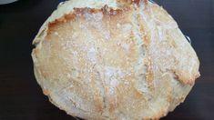 Moda na niektóre przepisy powraca co jakiś czas. Taki sam los spotkał tzw. chleb z garnka. Na ten przepis natykaliśmy się ostatnio tak często, że w końcu postanowiliśmy go upiec. Warto! Bread, Baking, Food, Brot, Bakken, Essen, Meals, Breads, Backen