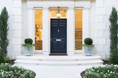 """459 Likes, 6 Comments - Coats Homes (@coatshomes) on Instagram: """"How to make an entrance! // architecture by Jerry Coleman // interiors by Wylly Goodson //…"""""""