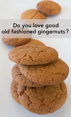 My favourite roadtrip Gingernut recipe This recipe for gingernuts is simple and delicious. A staples for summer picnics and road. Ginger Nut Biscuits, Ginger Cookies, Cinnamon Biscuits, Baking Recipes, Cookie Recipes, Easy Biscuit Recipes, Simple Biscuit Recipe, Galletas Cookies, Cookies Et Biscuits