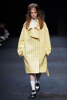 Push Button Fall 2015 Seoul Fashion Week  Shoes : PUSHBUTTON X ACROBT