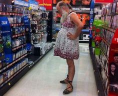 wal mart 10 Meanwhile at Walmart (25 photos)....this had to have been some sort of bet lol