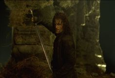 Still of Viggo Mortensen in The Lord of the Rings: The Fellowship of the Ring