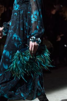 Vogue Paris, Fashion 2020, Fashion Show, Modern Fashion, High Fashion, Fashion Trends, Dries Van Noten, International Clothing, Vintage Couture