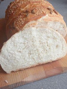 Kézzel dagasztott 1 kg-os házi fehér kenyerem! Nem csak kinézetre, de ízre is csodás! - Ketkes.com Macarons, Nutella, Kenya, Bakery, Food And Drink, Bread, Cooking, Recipes, Kitchen