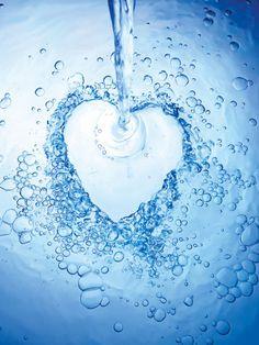 joli coeur fait d'eau