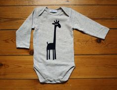 i have a new love for giraffes and i'm gonna make this for my baby boy who will be here any minute!