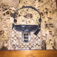 coach purse! In amazing condition , AUTHENTIC Great for any occasion ! Price is already beyond fair because of the condition Coach Bags Shoulder Bags