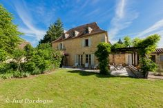 La Maison au Puits- A stunning period manor house for rent #manorhouse #rental #vacation