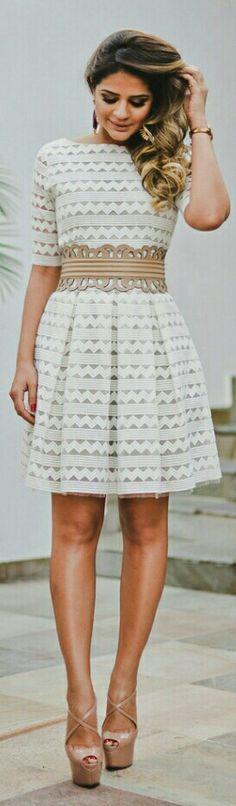 Look do dia :Vestido Brancom gom pequenos detalhes-- Look by Thassia Naves