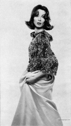 Suzy Parker wearing Givenchy - Harper's Bazaar December 1961, photo by Richard Avedon