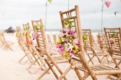 Ý tưởng cưới: Trang trí ghế của khách - Bliss Wedding Planner  Guest chair ideas by Bliss Wedding Planner  #wedding #weddingplanner #weddingideas #weddingplannervietnam #vietnamweddingplanner #blissweddingplanner