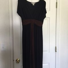 LAST CALL ‼️Black and Brown Dress ‼️ Clearance ‼️ Black and Brown Dress - so comfy!!! Pre-loved Dresses Maxi