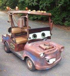 Golf carts are helpful, whether you live on the golf course or simply live in a cart-friendly community. These carts, however, go a step beyond practicality: they look awesome. Golf Carts For Sale, Custom Golf Carts, Custom Trucks, Custom Cars, Golf Cart Bodies, Golf Push Cart, Tow Mater, Golf 2, Disc Golf