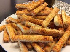 A legfinomabb sajtos rúd, a tésztája egyszerűen tökéletes, könnyű vele dolgozni! - Egyszerű Gyors Receptek Onion Rings, Winter Food, Apple Pie, Food And Drink, Sweets, Snacks, Cookies, Ethnic Recipes, New Years Eve
