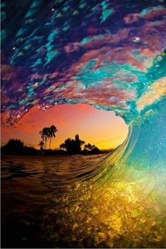 I've always loved wave pictures and I especially love the colors in this one!
