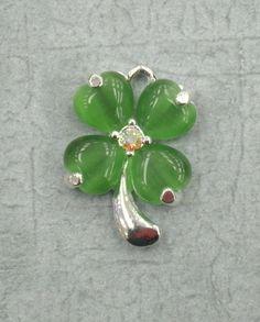 Heart Leaf Clover  - St. Patricks Pendent - Clover Leaf Pendent - Rhinestone Jewelry