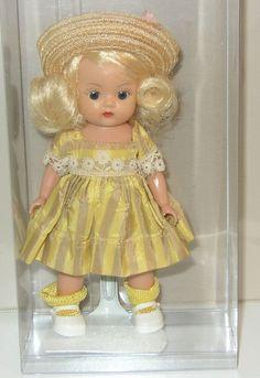 Vintage Nancy Ann Storybook STRUNG MUFFIE 1950s in Wonderful Condition doll