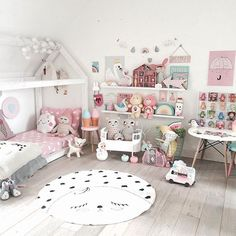 Kids Rooms Ideas For Girls Toddler Daughters Princess Bedrooms 23 Teenage Girl Bedrooms, Little Girl Rooms, Girls Bedroom, Princess Bedrooms, Princess Room, Toddler Rooms, Toddler Bed, Kids Rooms, Pastel Room