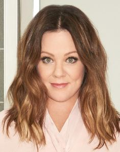 Plus Size Women S Brown Dresses Refferal: 3892338567 Chubby Face Haircuts, Cute Haircuts, Round Face Haircuts, Haircuts For Long Hair, Hairstyles For Round Faces, Melissa Mccarthy, Plus Size Hairstyles, Elegant Hairstyles, Cool Hairstyles