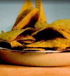 Ben jij dol op nacho chips? Bekijk het recept voor zelfgemaakte koolhydraatarme Doritos!   Koolhydraatarme tussendoortjes   Makkelijk Afvallen